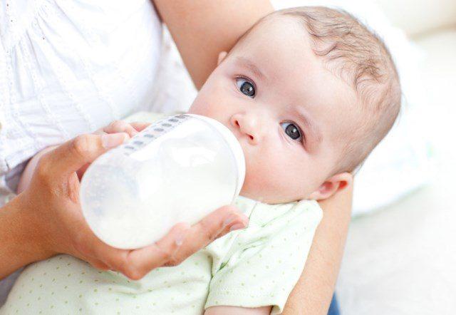 פליטות אצל תינוקות