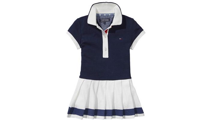 שמלת טניס במבצע. טומי הילפיגר (צילום: יוהאן סנזי)