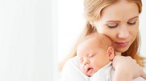 הגוף עובר טלטלה וההורמונים משתוללים לאחר הלידה (צילום: פוטוליה)
