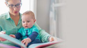 """""""כשהילד מתחיל לדבר, יש לו כבר מחסן עשיר של כל מה ששמע"""" (צילום: פוטוליה)"""