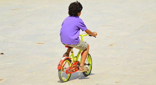 ילד, אופניים