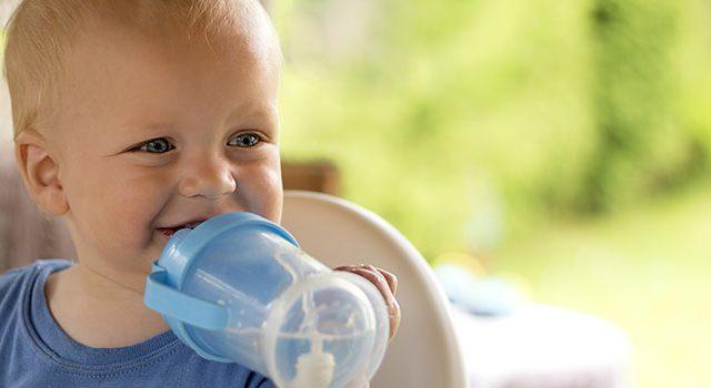 תינוק, בקבוק מים