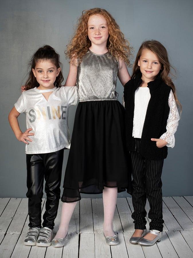בגדים שחור לבן